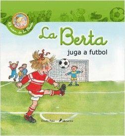 LA BERTA JUGA A FUTBOL