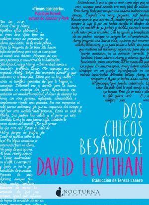 DOS CHICOS BESÁNDOSE
